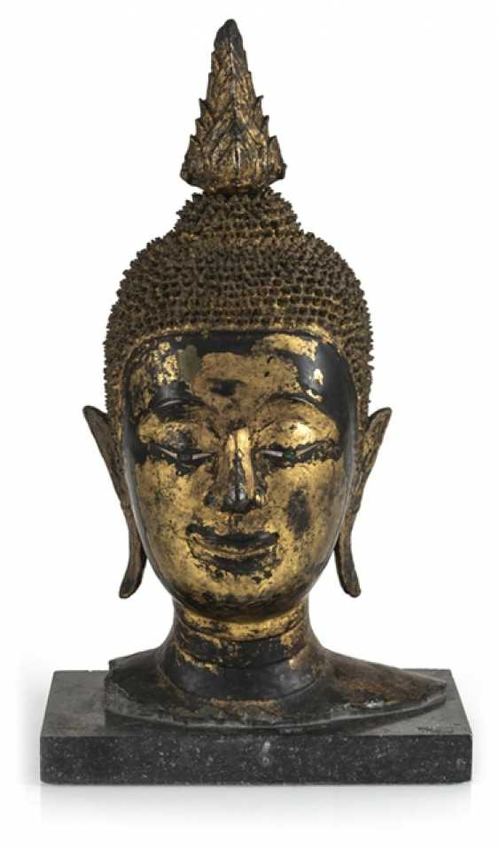Head of the Buddha Sakyamuni made of Bronze with gold-toned and black lacquer version - photo 1