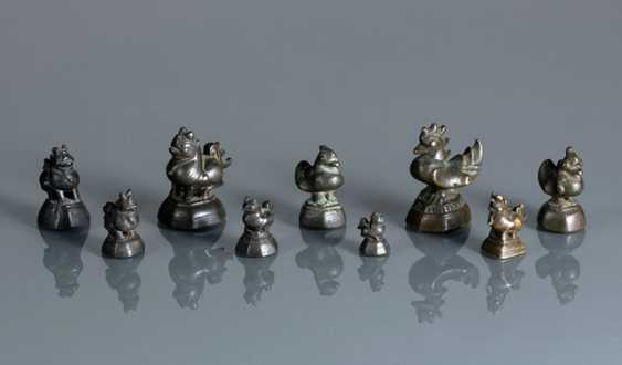 Group of nine opium weights, made of Bronze in bird or animal form - photo 1