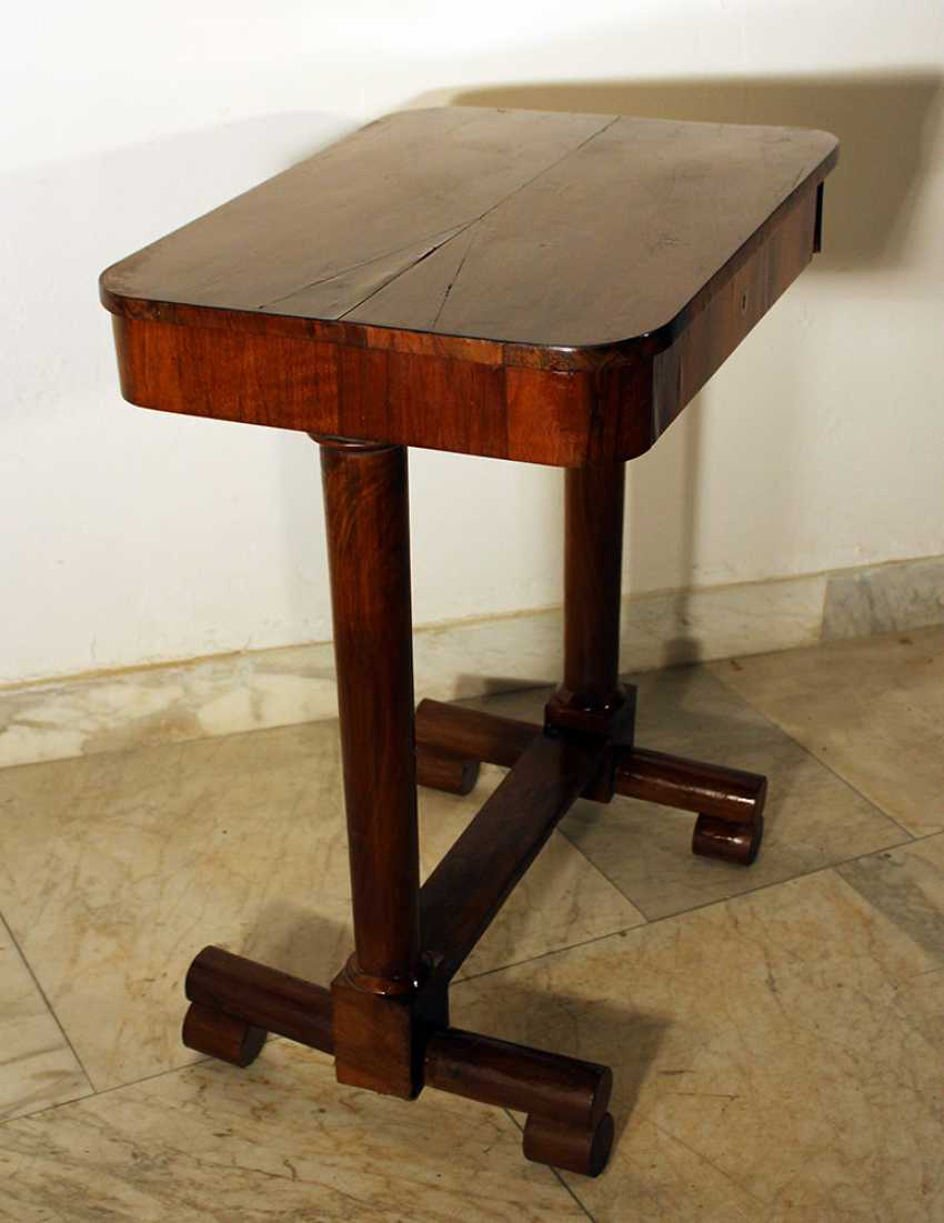 A Vienna Biedermeier working table on two column feet, with lower H-connection, on four rolls - photo 2