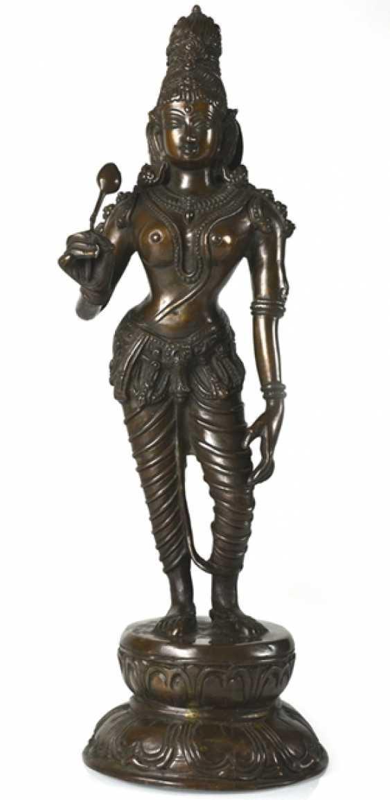Bronze figure of standing Parvati - photo 1