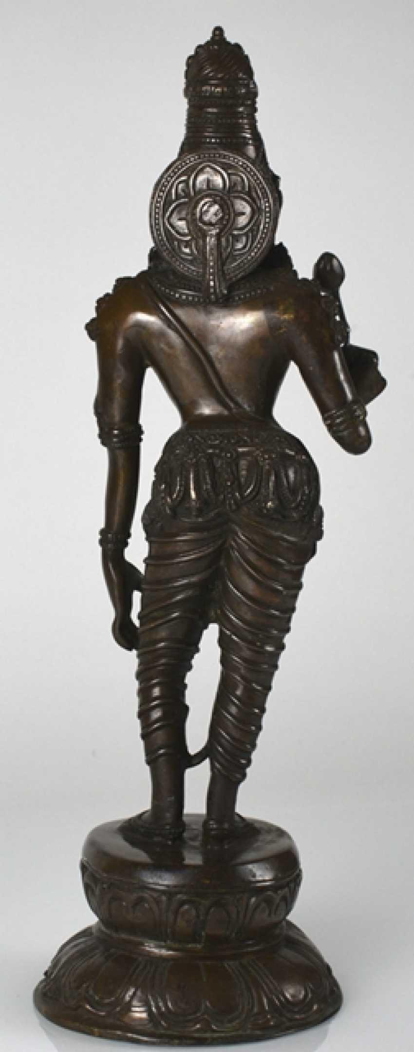 Bronze figure of standing Parvati - photo 2