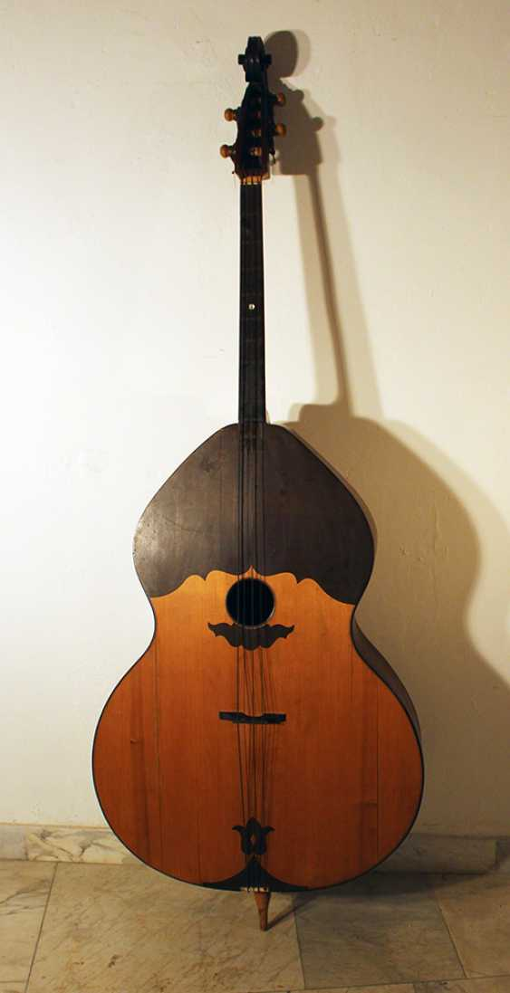 Double bass instrument with four strings - photo 1