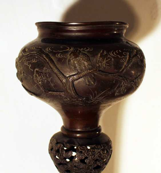 A pair of large Asian incense burners - photo 3