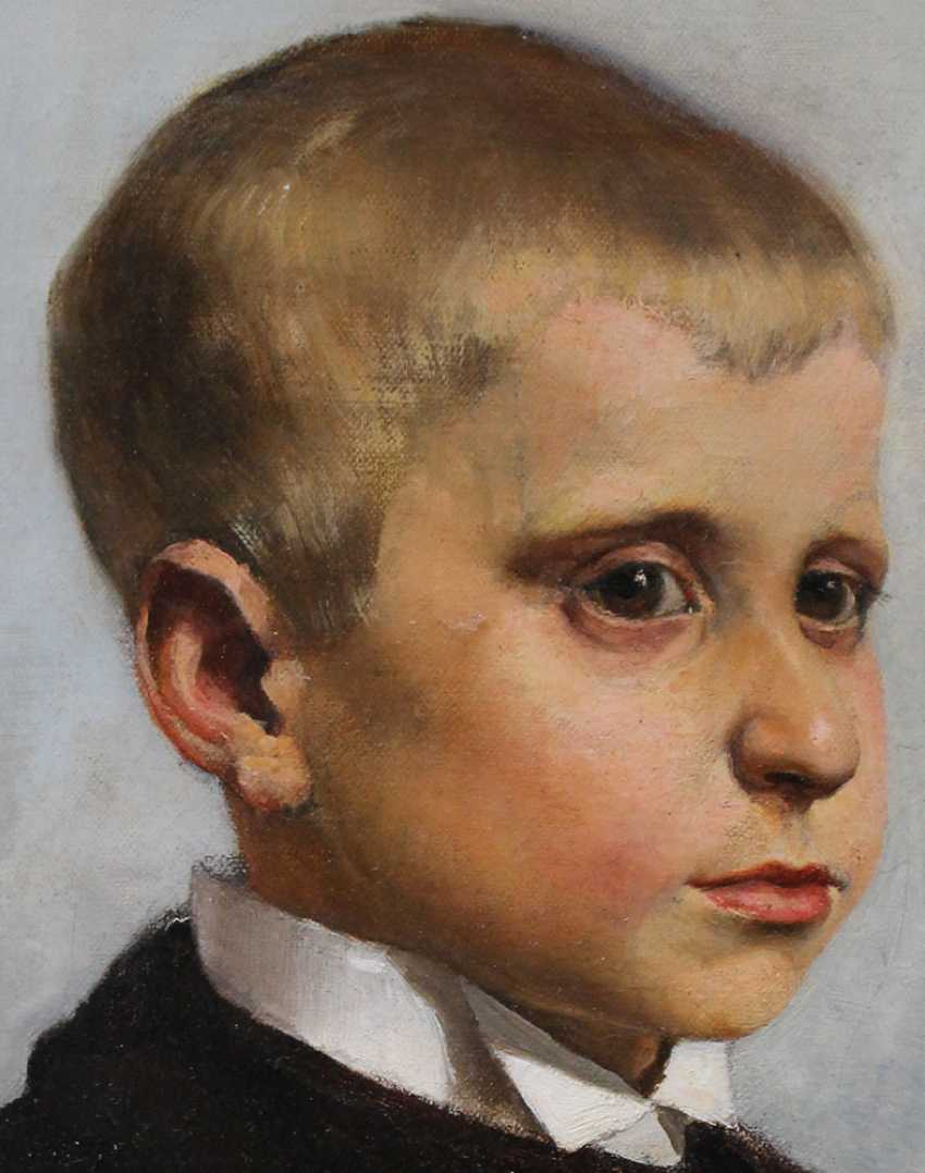 Austrian artist 19th Century, Portrait of a young boy said to be Crown Prince Rudolf of Habsburg (1858-1889) as a child - photo 3