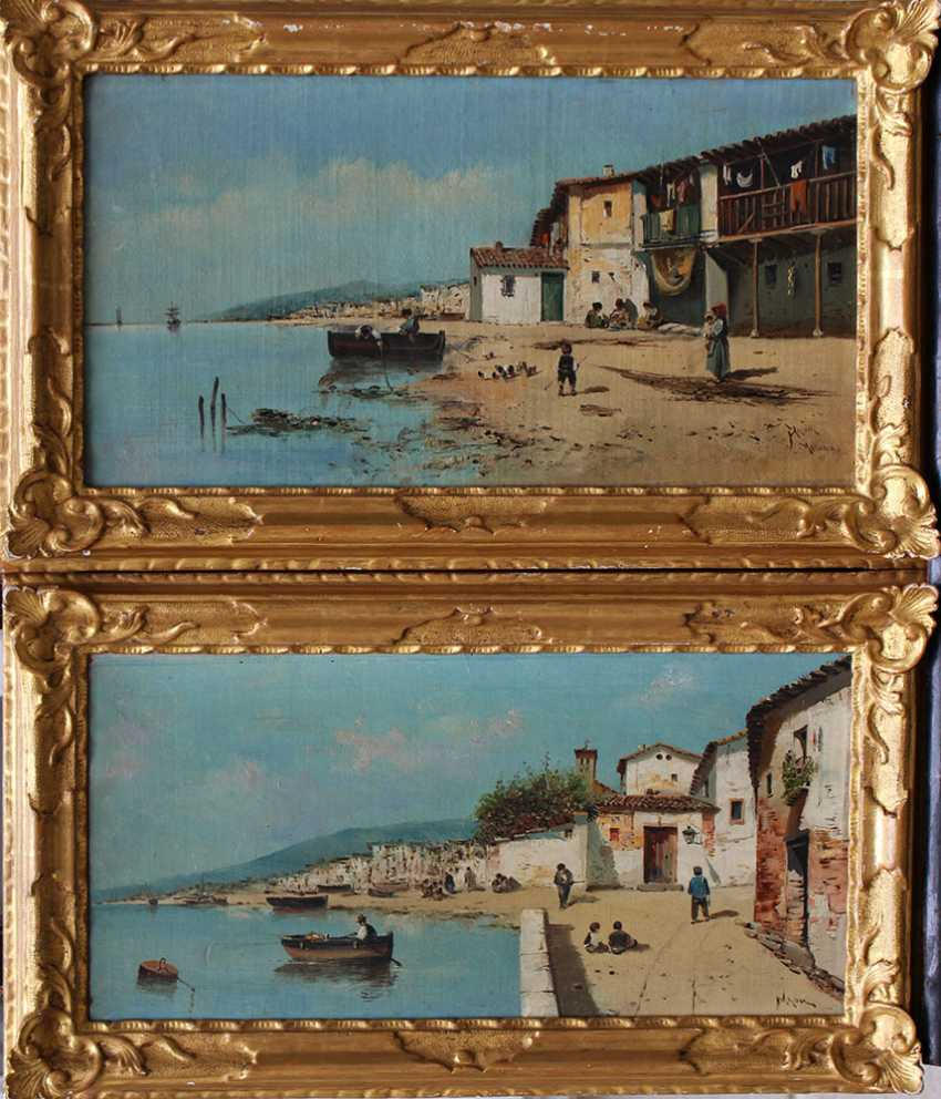 Italian School late 19th Century, Pair of paintings showing fishers in front of an Italian town - photo 1