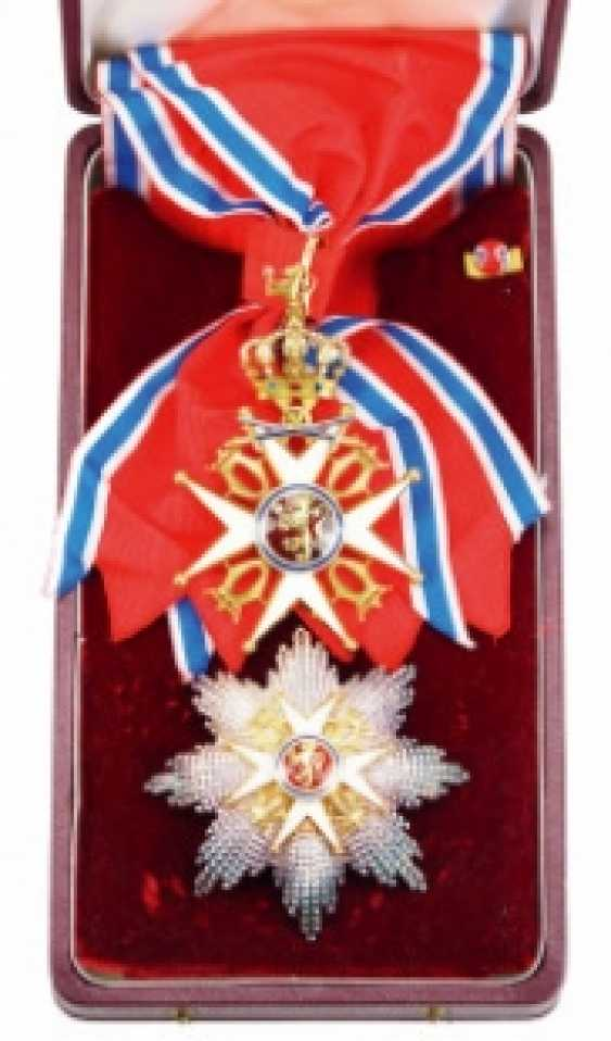 Norway: St. Olav-Order, 2. Model (1907-1937), Grand cross set with swords, in a case