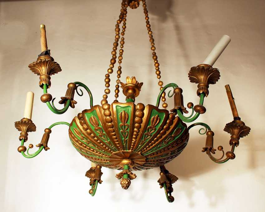 A Biedermeier style wooden chandelier with round central bowl and six S-shaped branches with wooden spouts - photo 2