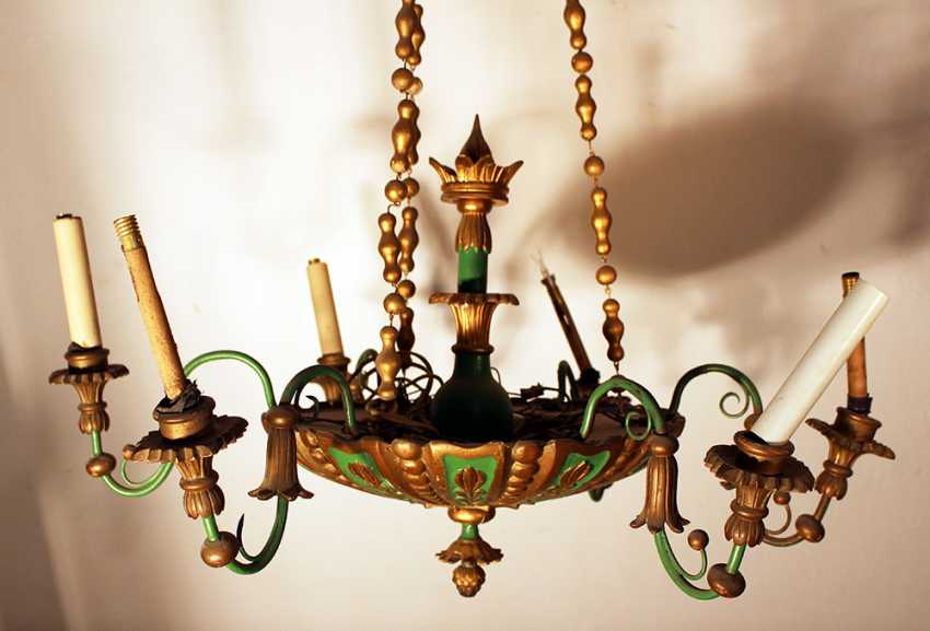 A Biedermeier style wooden chandelier with round central bowl and six S-shaped branches with wooden spouts - photo 3
