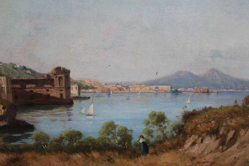 Italian artist late 19th Century, The bay of Naples with the Vesuvius in the background - photo 2