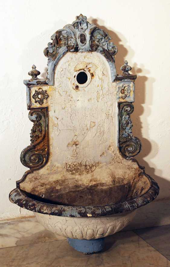 Vienna water basin, metal cast with floral decorations - photo 2