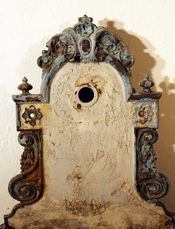 Vienna water basin, metal cast with floral decorations - photo 3