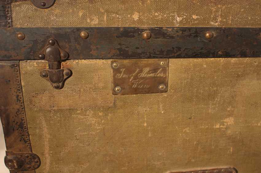 A Vienna travel suitcase by Josef Heimler, with one lid to be opened - photo 3