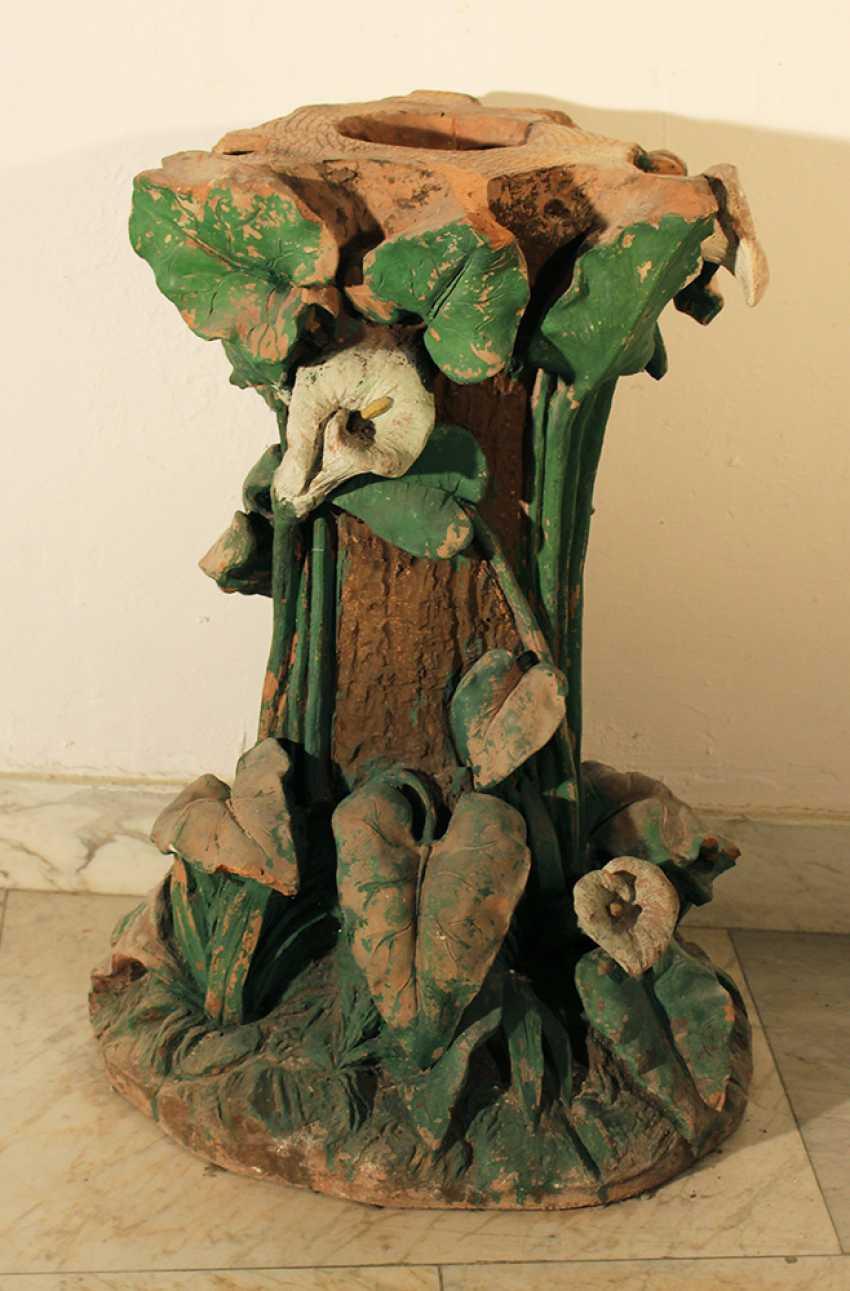 Art Nouveau terracotta column, richly floral sculpted and designed - photo 2