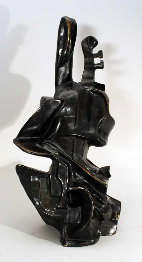 Cubistic bronze sculpture of a violinist - photo 1