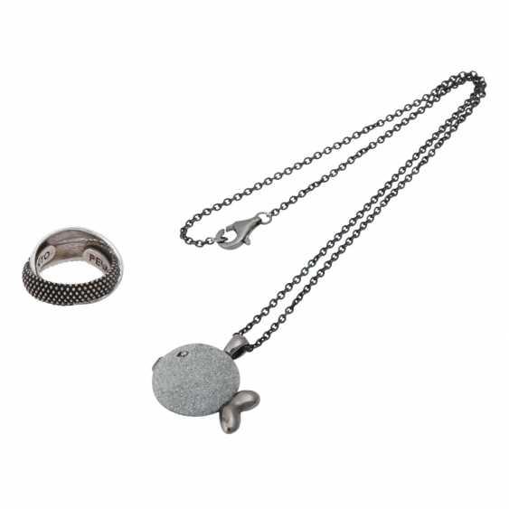 PESAVENTO 5-piece group of silver jewelry, - photo 3