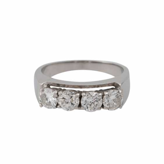 Ring with 4 brilliant-cut diamonds, together approx 1.2 ct. - photo 1