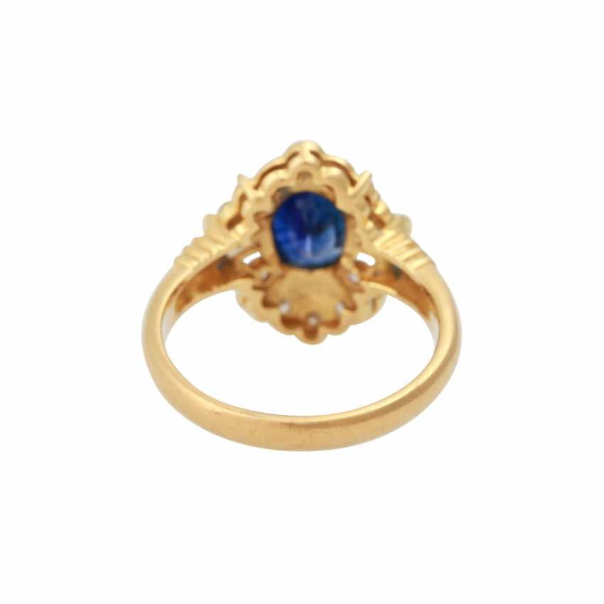 Ring with sapphire approx 1.8 ct, and diamonds - photo 4