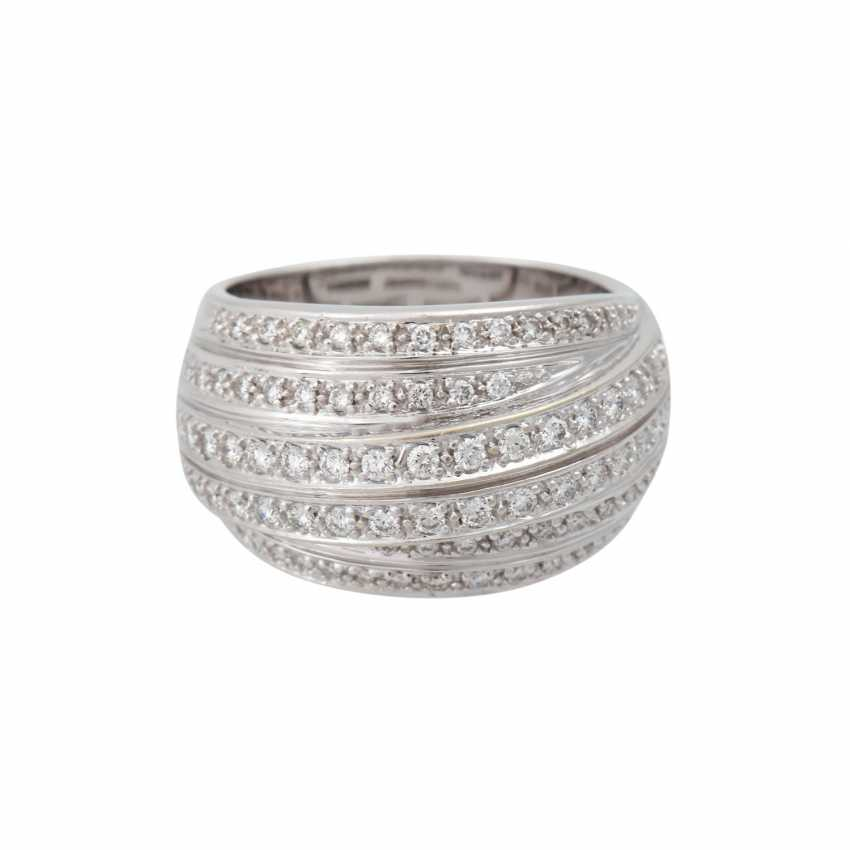 Ring set with numerous brilliant-cut diamonds, approximately 1 ct - photo 1