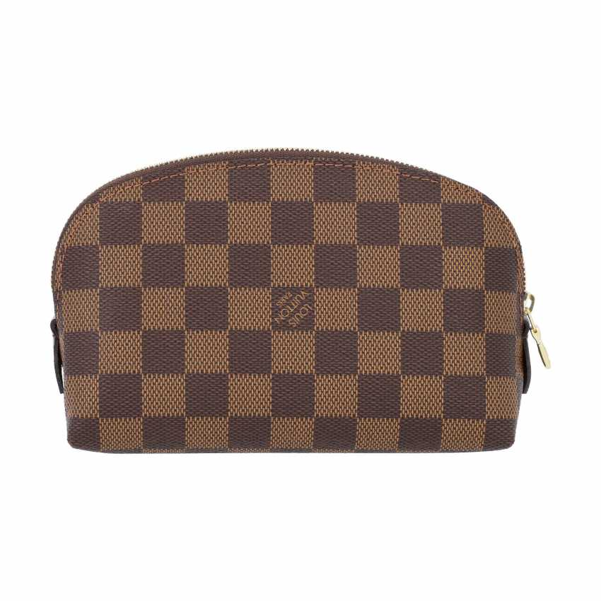 """LOUIS VUITTON cosmetic pouch """"POCHETTE COSMÉTIQUE"""", in the collection of 2018. - photo 4"""