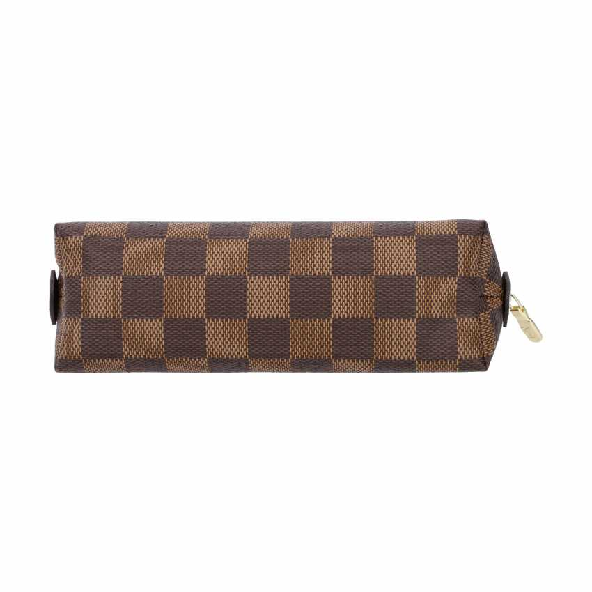 """LOUIS VUITTON cosmetic pouch """"POCHETTE COSMÉTIQUE"""", in the collection of 2018. - photo 5"""