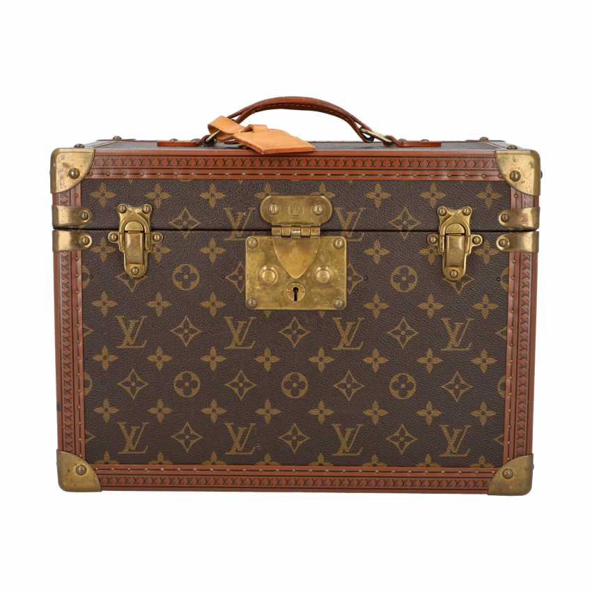 "LOUIS VUITTON VINTAGE cosmetic case ""BOITE PHARMACIE"". Current Price: 6.200,-€. - photo 1"