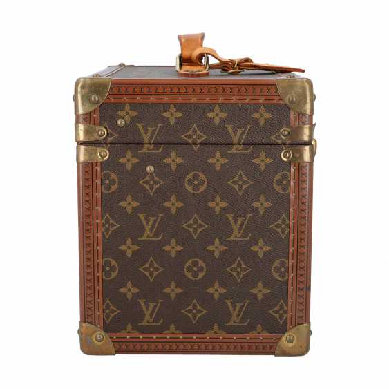 "LOUIS VUITTON VINTAGE cosmetic case ""BOITE PHARMACIE"". Current Price: 6.200,-€. - photo 3"