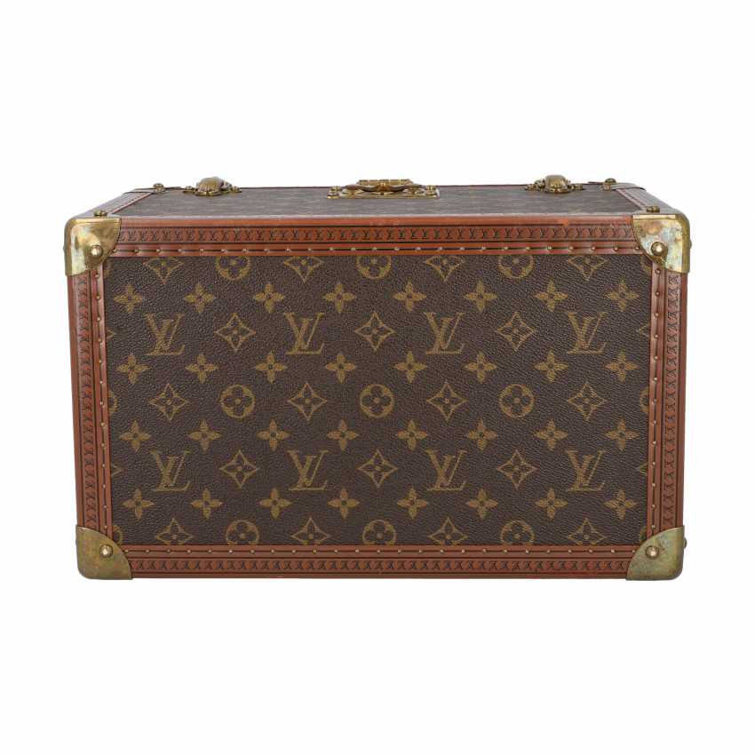 "LOUIS VUITTON VINTAGE cosmetic case ""BOITE PHARMACIE"". Current Price: 6.200,-€. - photo 5"