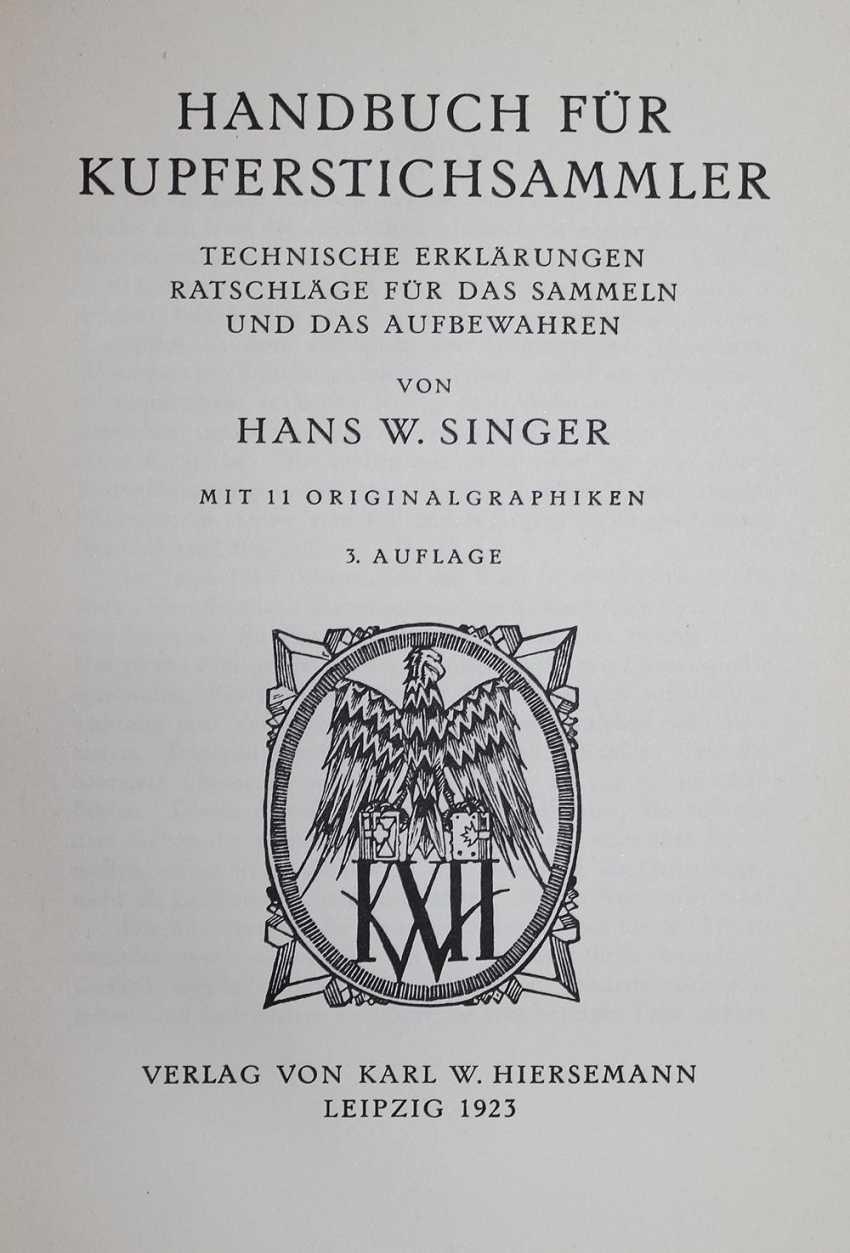 Singer, H.W. - photo 1
