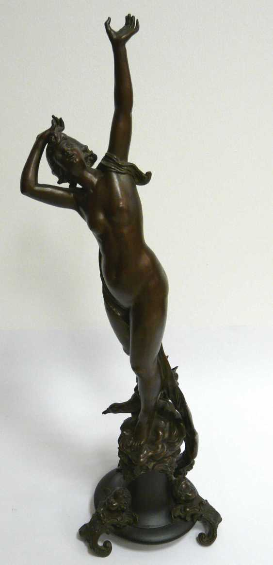 Hermann Götze, Standing, to the sky-looking nymph - photo 2