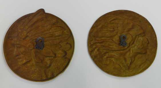 Two Bronze Plaques - photo 5