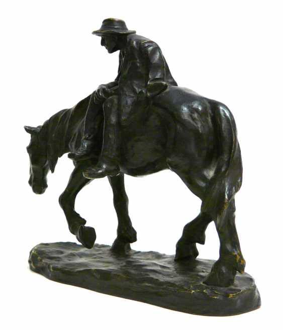 Heinz Müller, a bronze sculpture of a tired rider - photo 3