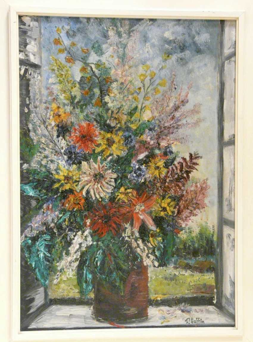 Pierre Boffin bouquet of colorful summer flowers in the window - photo 2