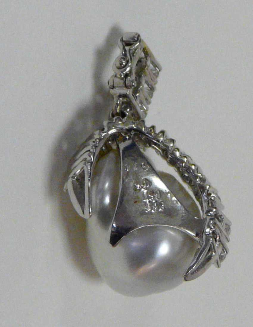 Pendant with South sea pearl and diamonds - photo 2
