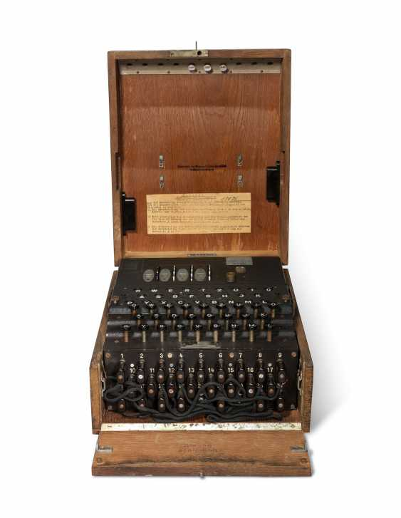 A Second World War Enigma Machine - photo 3