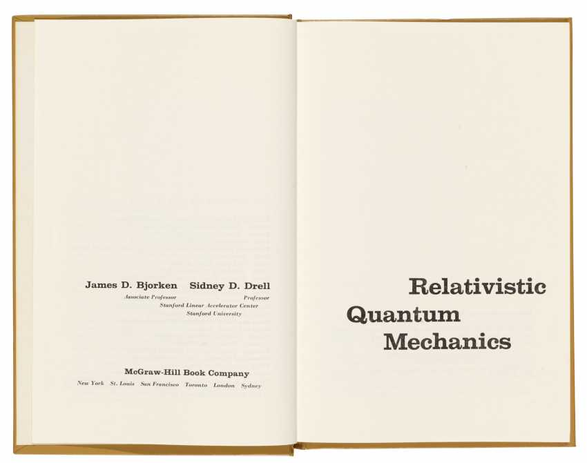 Hawking's copies (one signed with initials) of two texts on Quantum Field Theory, - photo 1