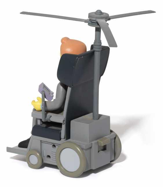 Stephen Hawking's personal Simpsons figurine - photo 3