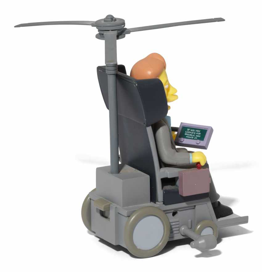 Stephen Hawking's personal Simpsons figurine - photo 4
