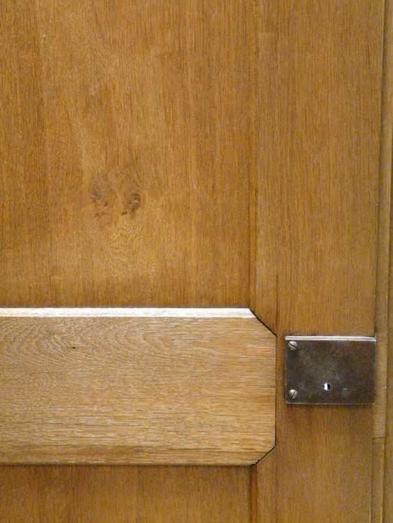 Two-Door Oak Cabinet  - photo 3