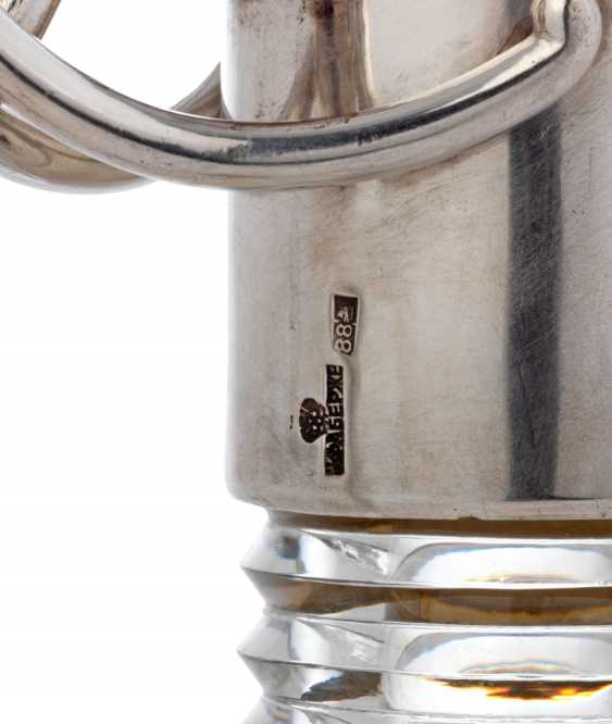A PARCEL-GILT SILVER-MOUNTED CUT-GLASS DECANTER - photo 3