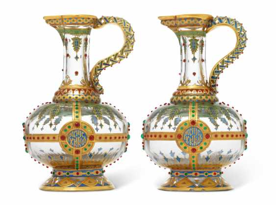 TWO ENAMELLED GLASS KVAS JUGS - photo 2