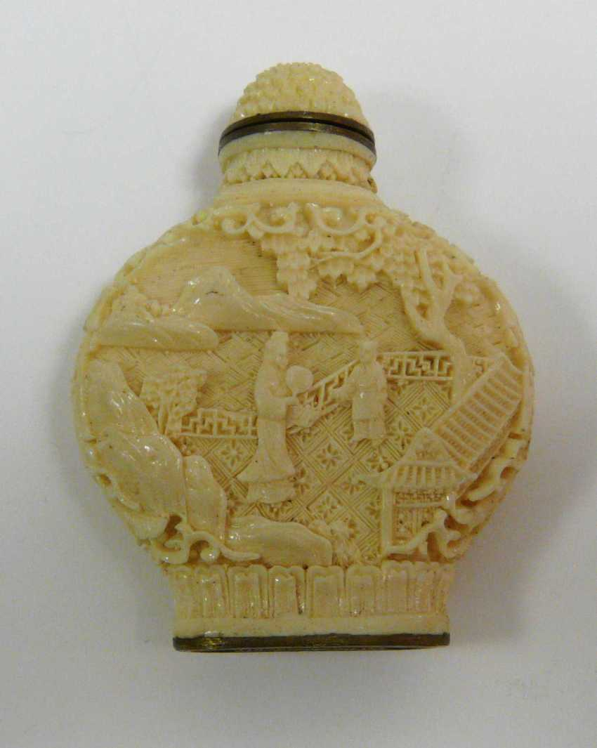 Chinese Snuff Bottles  - photo 2