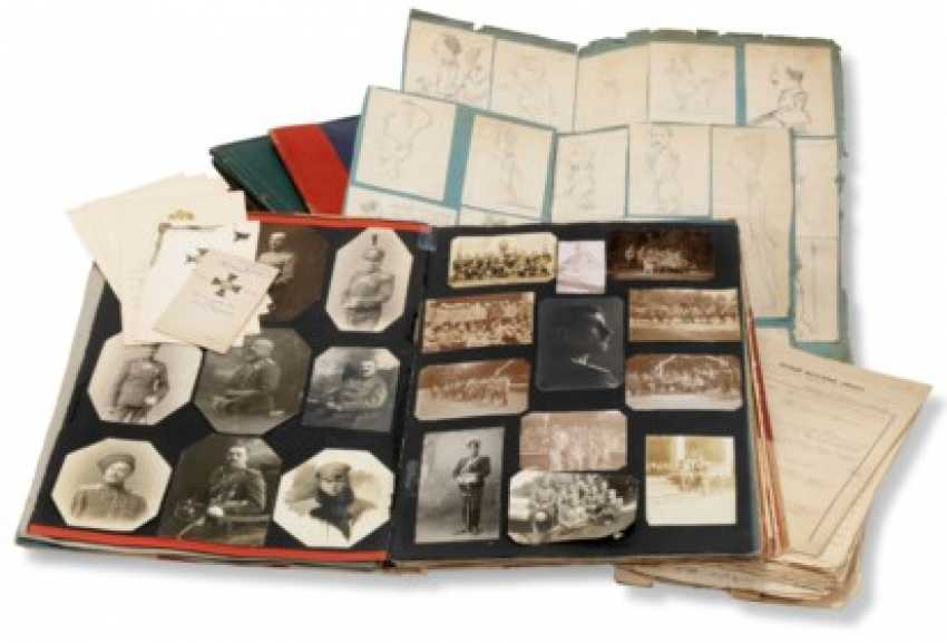 A UNIQUE LARGE MILITARY PHOTO ALBUM RETRACING THE MILITARY CAREER OF COLONEL V. B. KOVALEVSKI (1876-1958) - photo 1