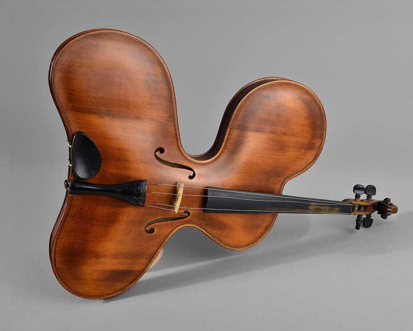 "Geige ""Experimentalform"" - photo 1"