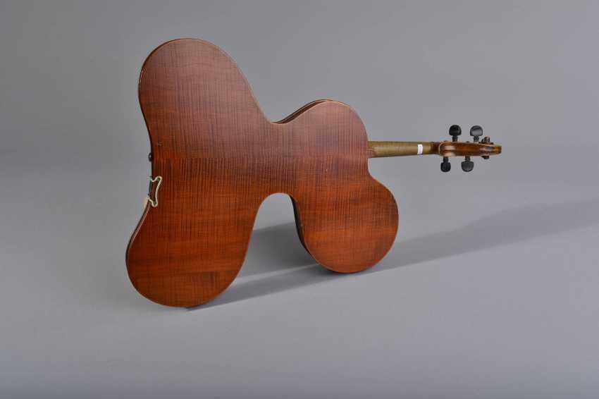 "Geige ""Experimentalform"" - photo 2"