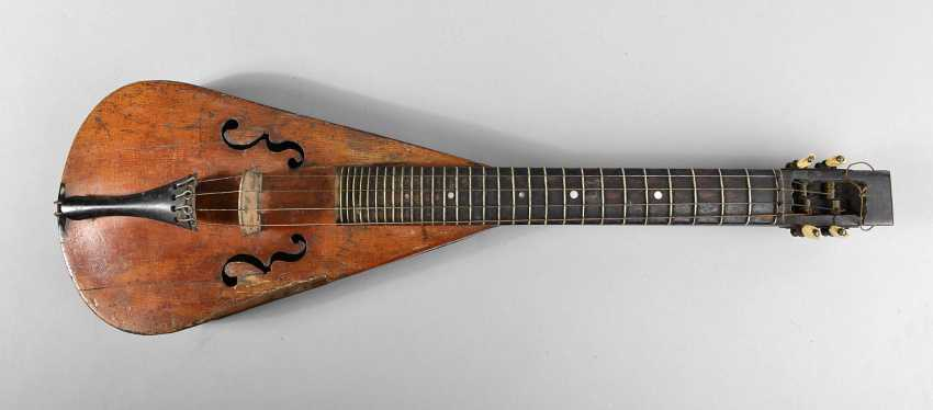 The violin in special form - photo 1