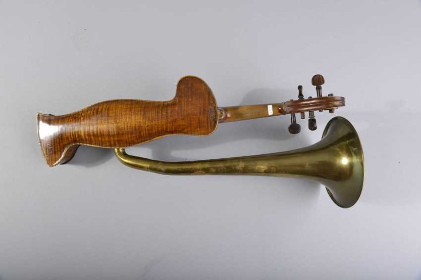Violin with a horn - photo 3