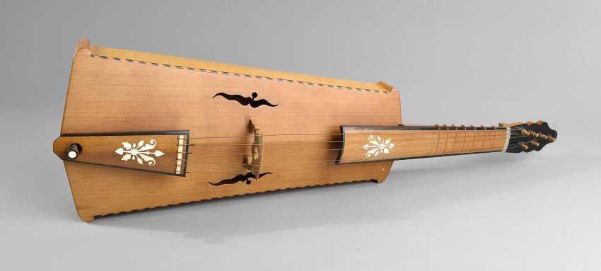 Barockes Streichinstrument - photo 1