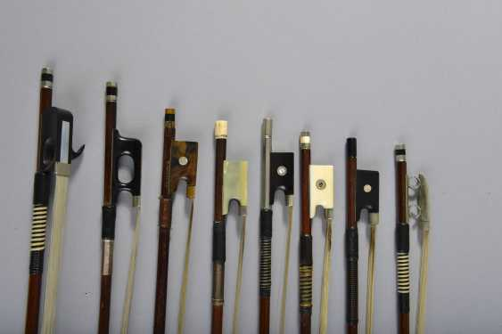 Collection of eight bows - photo 2