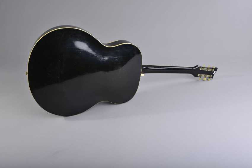 Archtop-Gitarre - photo 2