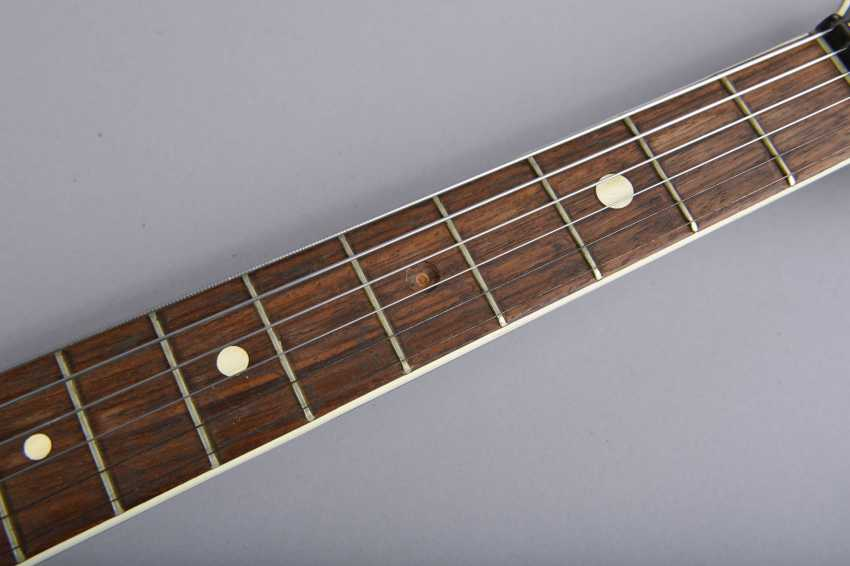Electric guitar - photo 2